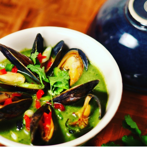 3 Thai Green Curry Soup with Mussels